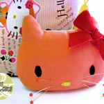 Come fare puntaspilli Hello Kitty – Tutorial e Cartamodello.