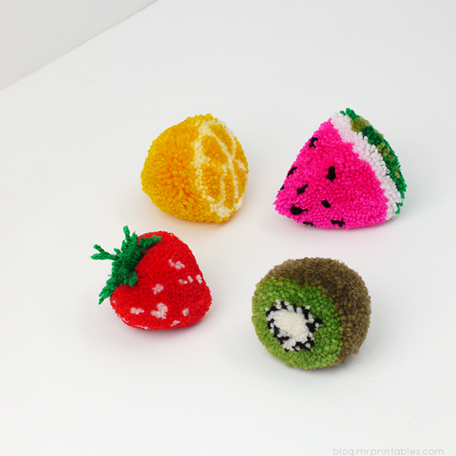 Come fare fruttini con in pom pom Tutorial