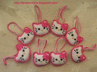 hello kitty uncinetto