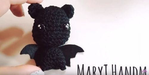 Pipistrello amigurumi – Video Tutorial Schema in Italiano