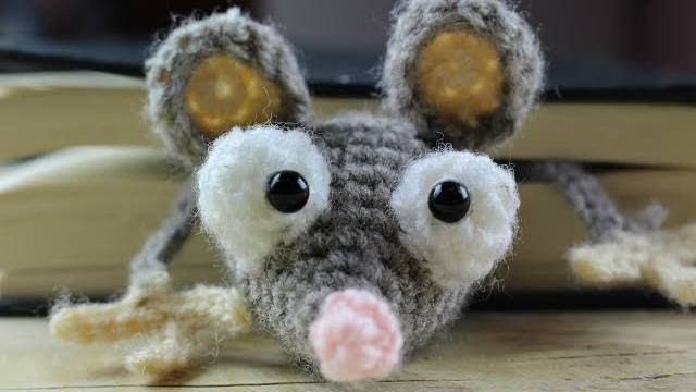 topolino amigurumi segnalibro video tutorial schema