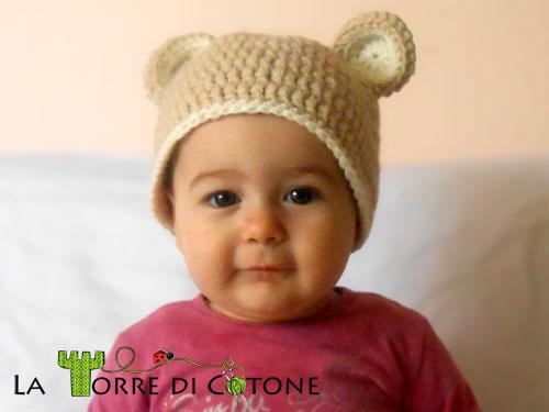 ... Come fare cappellino a uncinetto con orecchie da orsetto – Istruzioni  in Italiano. 2fd52d2a2878