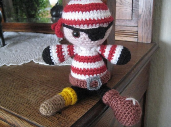 Tutorial Snoopy Amigurumi | How to crochet SNOOPY amigurumi - YouTube | 447x602